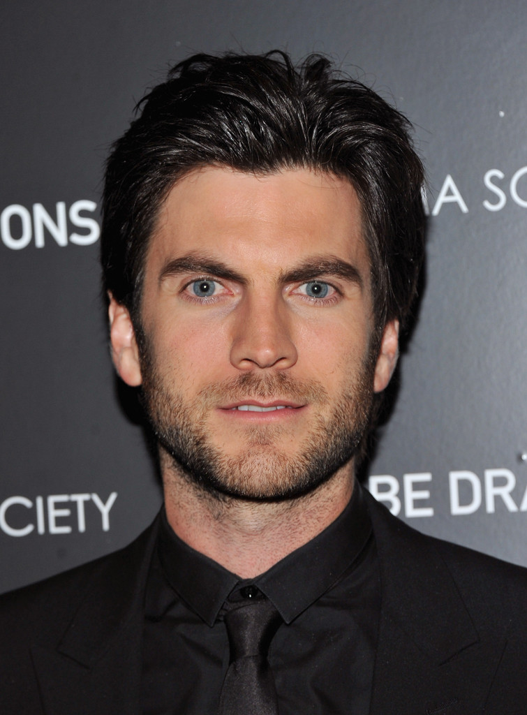 Wes Bentley In The Cinema Society Amp Grey Goose Host A