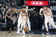 Derrick Rose #1 of the Cleveland Cavaliers moves the ball down court against the San Antonio Spurs at AT&T Center on January 23, 2018  in San Antonio, Texas.  NOTE TO USER: User expressly acknowledges and agrees that , by downloading and or using this photograph, User is consenting to the terms and conditions of the Getty Images License Agreement.