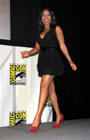 Sanaa Lathan In Quot The Cleveland Show Quot Panel Comic Con
