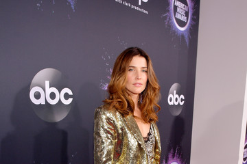 Cobie Smulders 2019 American Music Awards - Red Carpet