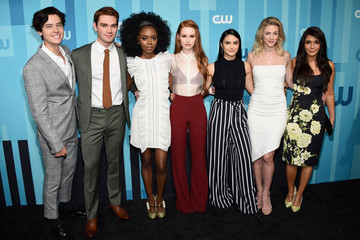 Cole Sprouse Camila Mendes 2017 CW Upfront