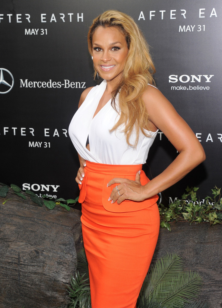 Mercedes Of Columbia >> Sheree Fletcher Photos Photos - 'After Earth' Premieres in ...