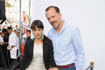Constance Zimmer with friendly, Boyfriend Russ Lamoureux