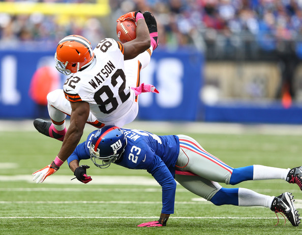 New york giants tackles benjamin watson 82 of the cleveland browns