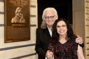 Ricky Skaggs and Sharon White admire Skaggs' plaque at the 2018 Country Music Hall of Fame and Museum Medallion Ceremony honoring inductees Johnny Gimble, Ricky Skaggs and Dottie West at Country Music Hall of Fame and Museum on October 21, 2018 in Nashville, Tennessee.
