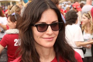 Courteney Cox The ALS Association Golden West Chapter Los Angeles County Walk to Defeat ALS