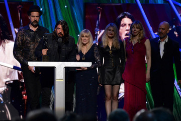 Courtney Love Rock and Roll Hall of Fame Induction Show