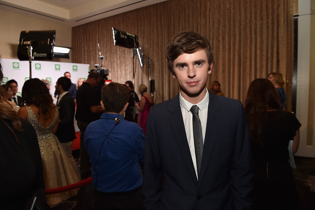 Freddie highmore in critics 39 choice television awards for Freddie highmore movies and tv shows