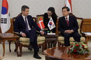Prince Frederik of Denmark (L) talks with South Korean Prime Minister Kim Hwang-Shik at the government complex on May 10, 2012 in Seoul, South Korea. The Crown Prince and Crown Princess of Denmark are on a six-day visit to South Korea.