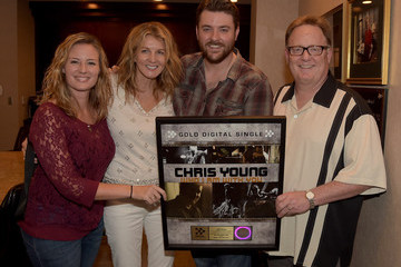 "Crystal Dishmon Chris Young Celebrates #1 Single ""Who I Am With You"""