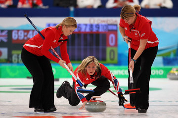 Kelly Wood Lorna Vevers Curling - Day 8