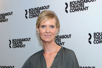 "Cynthia Nixon Broadway's ""The Real Thing"" Cast Photo Call"