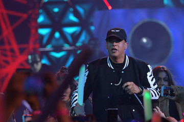 Daddy Yankee Univision's 13th Edition Of Premios Juventud Youth Awards - Show