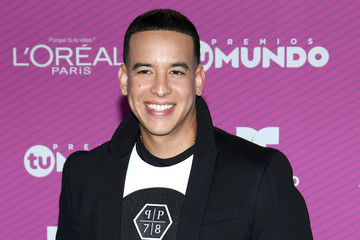 Daddy Yankee Guests Arrive for Telemundo's 'Premios Tu Mundo' Awards 2015