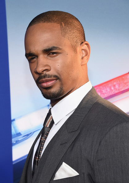 Damon wayans jr pictures 39 let 39 s be cops 39 premieres in for Damon wayans jr