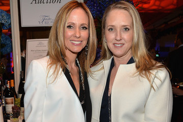 "Dana Walden Jonsson Cancer Center Foundation's 19th Annual ""Taste For A Cure"" - Inside"