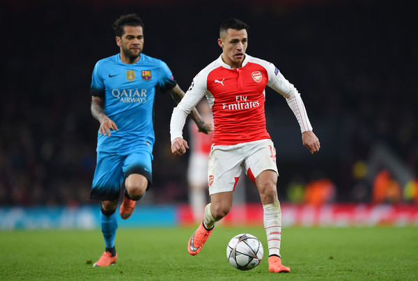 Arsenal FC v FC Barcelona - UEFA Champions League Round of 16: First Leg []