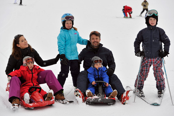 Mary y Frederik - Página 25 Danish+Royal+Family+Hold+Annual+Skiing+Photocall+GJhAe3afqRIl