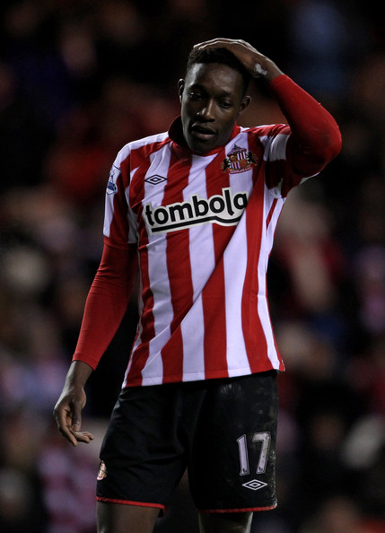 Danny Welbeck Danny Welbeck of Sunderland reacts to a missed chance during the Barclays Premier League match between Sunderland and West Ham United at the Stadium of Light on December 5, 2010 in Sunderland, England.
