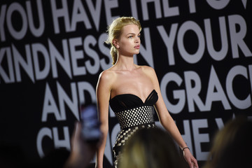Daphne Groeneveld Runway - Fashion For Relief Cannes 2018