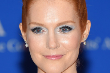Darby Stanchfield 101st Annual White House Correspondents' Association Dinner - Inside Arrivals