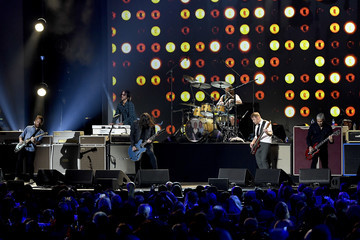 Dave Grohl Rami Jaffee MusiCares Person Of The Year Honoring Aerosmith - Inside