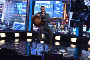 Dave Matthews Hand in Hand: A Benefit for Hurricane Relief - New York