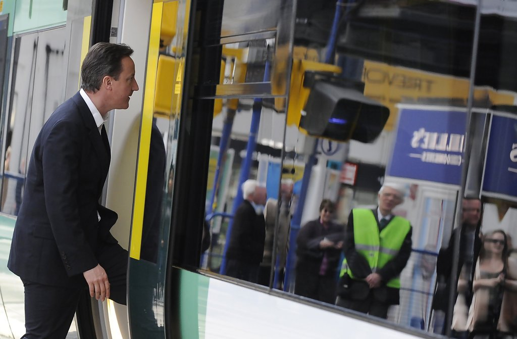 David Cameron Campaigns In London - Zimbio