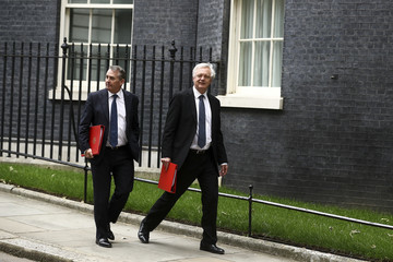 David Davis Ministers Attend Emergency Brexit Meeting After Backtop Border Plan Meets Resistance