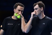 Britain's Jamie Murray and Brazil's Bruno Soares play against Croatia's Ivan Dodig and Bosnia-Herzegovina's Marcel Granollers during their men's doubles round-robin match on day four of the ATP World Tour Finals tennis tournament at the O2 Arena in London on November 15, 2017. / AFP PHOTO / Glyn KIRK