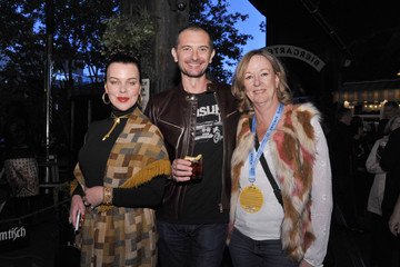 Debi Mazar Gabriele Corcos Food Network & Cooking Channel New York City Wine & Food Festival Presented By Capital One - Aperitivo! Presented By Peroni Hosted By Debi Mazar And Gabriele Corcos