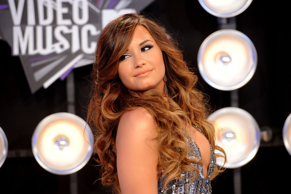 Demi Lovato Actress/singer Demi Lovato arrives at the 2011 MTV Video Music Awards at Nokia Theatre L.A. LIVE on August 28, 2011 in Los Angeles, California.