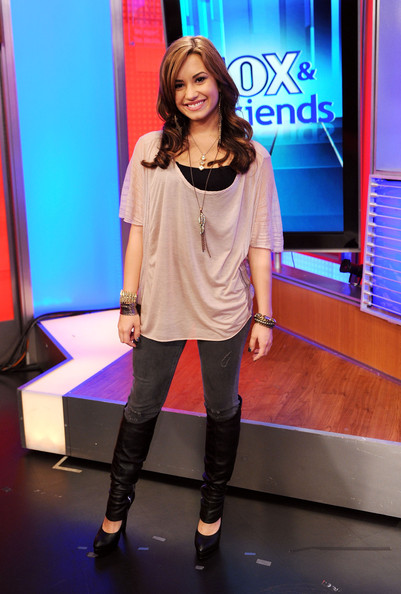 "Demi Lovato - Demi Lovato And Jimmy Johnson  Visit ""FOX & Friends"""