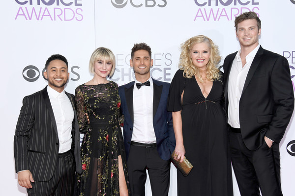 Derek Theler and Chelsea Kane Photos Photos - People's ...