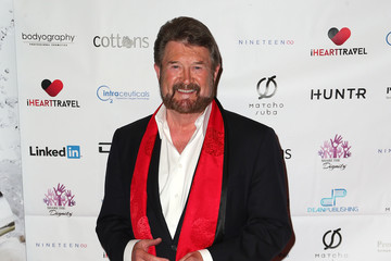 Derryn Hinch Casino Royale Gala Dinner - Arrivals