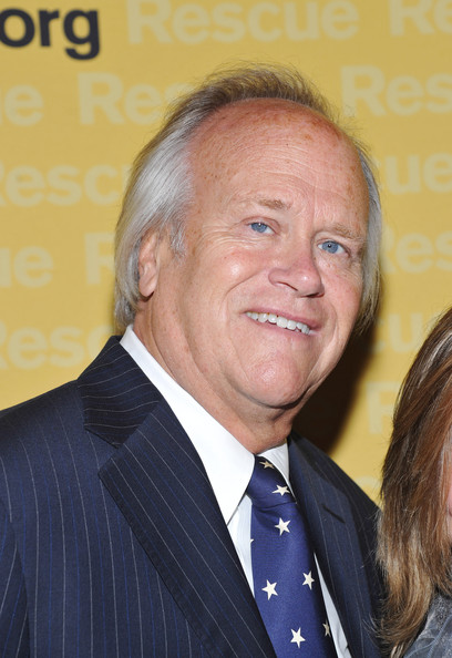 -event-red-carpet-in-this-photo-dick-ebersol-nbc-sports-chair