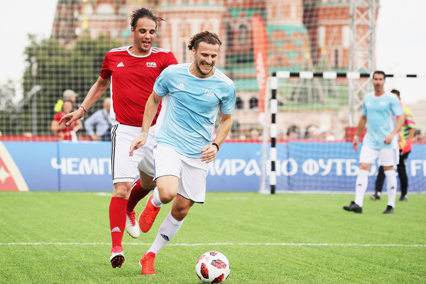 Legends Football Match - 2018 FIFA World Cup Russia [sports,soccer player,sport venue,football player,soccer,football,team sport,ball game,soccer ball,player,nuno gomes,diego forlan,soccer,rest,russia,park,red square,moscow,l,legends football match - 2018 fifa world cup]