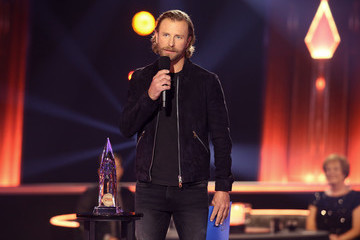 Dierks Bentley The 54th Annual CMA Awards - Show