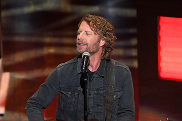 Dierks Bentley The Grand Ole Opry Kicks Off 95th Anniversary Celebration