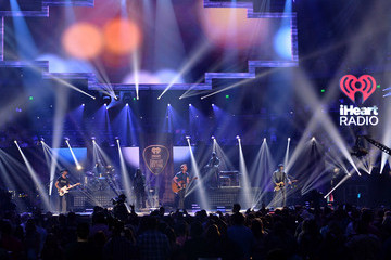 Dierks Bentley 2015 iHeartRadio Country Festival - Show