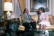 """""""20/20"""" - 4/12/82 .Barbara Walters interviewed aristocrat Claus Von Bulow for ABC News' """"20/20"""" airing on the ABC Television Network. .(Photo by Bob Sacha/ABC via Getty Images).CLAUS VON BULOW, BARBARA WALTERS"""