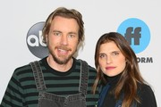 Dax Shepard and Lake Bell attend Disney ABC Television Hosts TCA Winter Press Tour 2019 on February 05, 2019 in Pasadena, California.