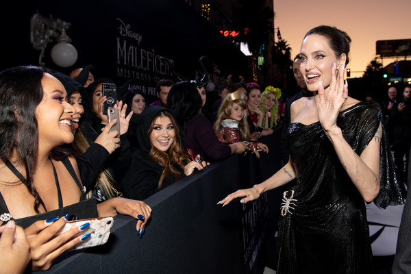 Disney S Maleficent Mistress Of Evil World Premiere With
