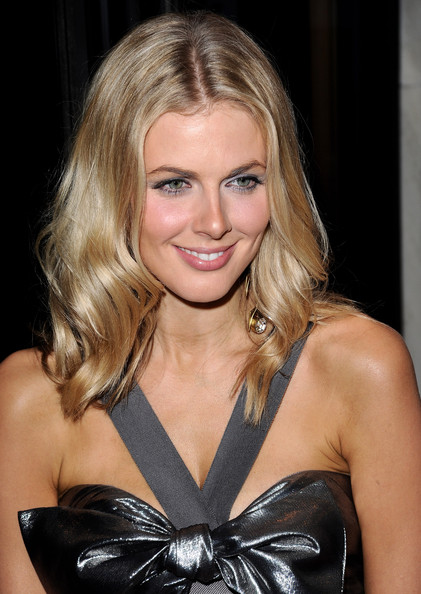 Donna Air Net Worth