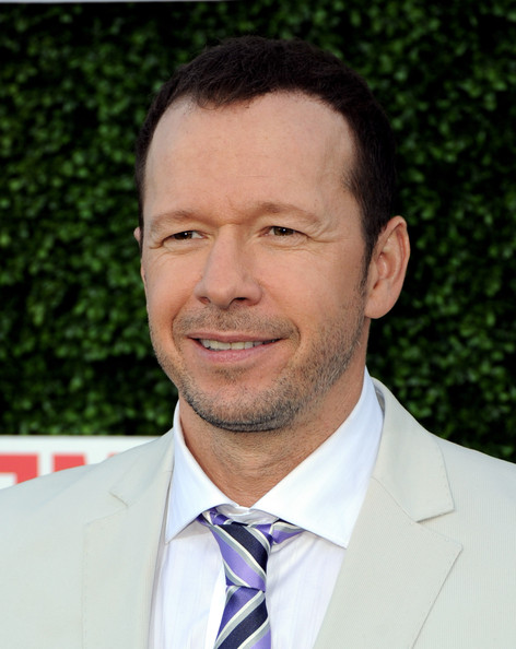 The 48-year old son of father Donald Wahlberg and mother Alma Wahlberg, 178 cm tall Donnie Wahlberg in 2018 photo