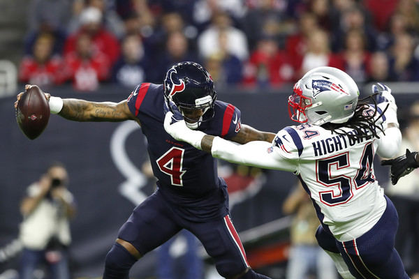 New England Patriots vs Houston Texans [sports gear,sports,helmet,tournament,sports equipment,canadian football,team sport,sprint football,player,gridiron football,deshaun watson 4,donta hightower,nrg stadium,houston,texas,houston texans,new england patriots,game]