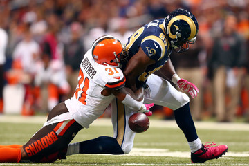 Donte Whitner Cleveland Browns v St Louis Rams
