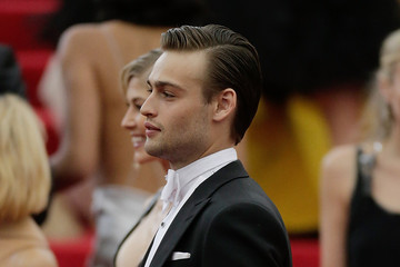 Douglas Booth Red Carpet Arrivals at the Met Gala