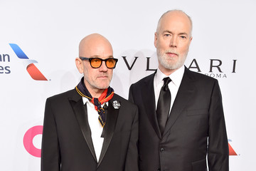 Douglas Coupland Elton John AIDS Foundation's 17th Annual An Enduring Vision Benefit - Arrivals