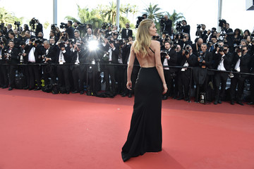 Doutzen Kroes 'Cafe Society' & Opening Gala - Red Carpet Arrivals - The 69th Annual Cannes Film Festival